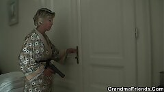 Light-haired old mature swallows 2 youthful dicks