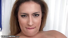 Trans MILF Gives A Torrid Solo Anal Fingering Spectacle