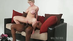 Stacked short hair Mummy gets fucked by BBC on bed
