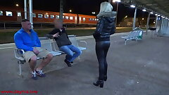 Public threesome with Dual Facial directly on the station!